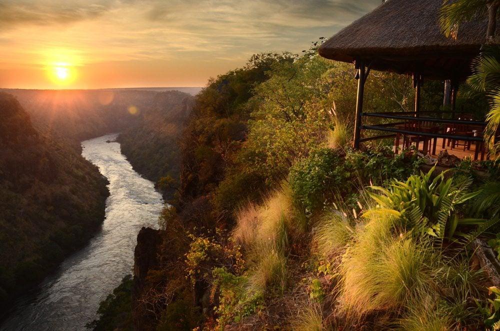 zimbabwe safari lodge